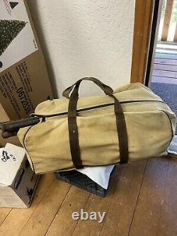 Set Of 12 Vintage wood tennis rackets With Yellow Canvas Tennis Bag